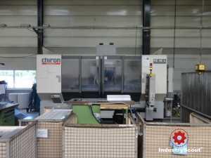 Vertikales Bearbeitungszentrum Chiron FZ 15 L 2000